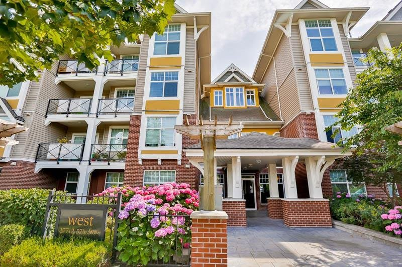 R2086740 - 407 17712 57A AVENUE, Cloverdale BC, Surrey, BC - Apartment Unit