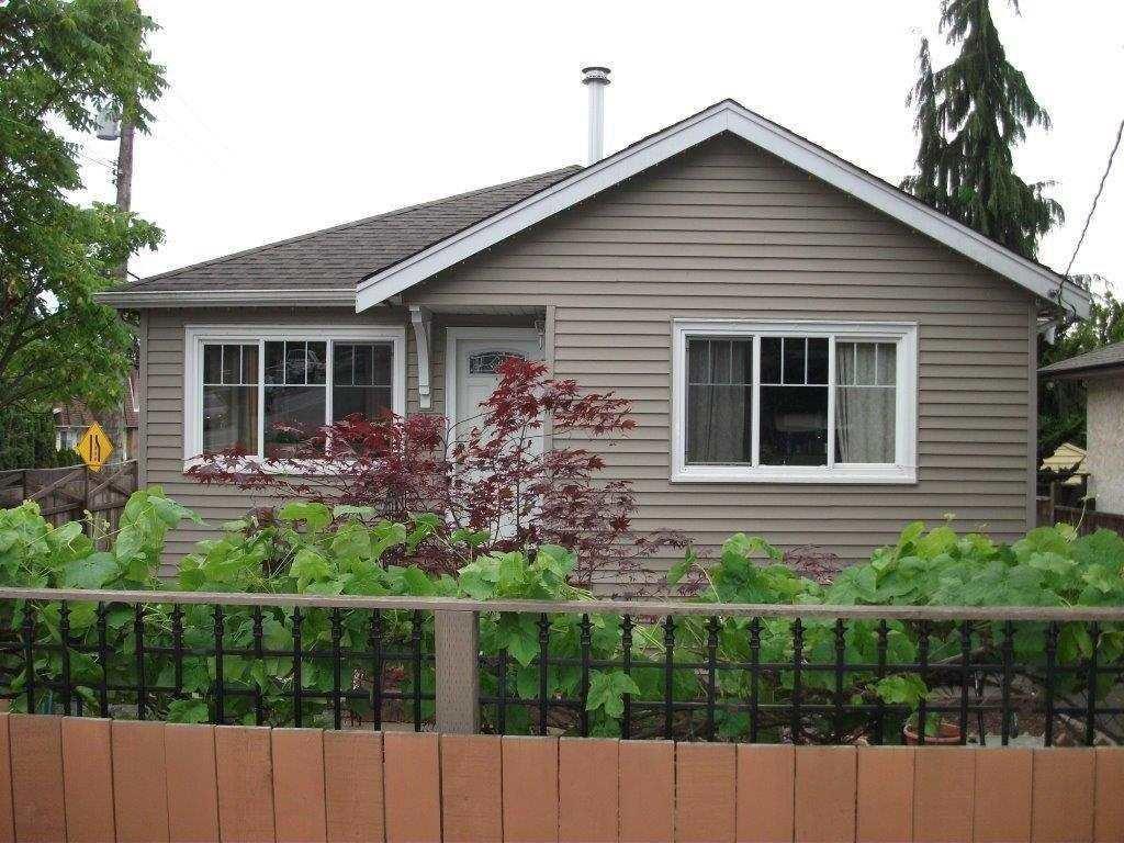 R2087139 - 601 W 23RD STREET, Hamilton, North Vancouver, BC - House/Single Family
