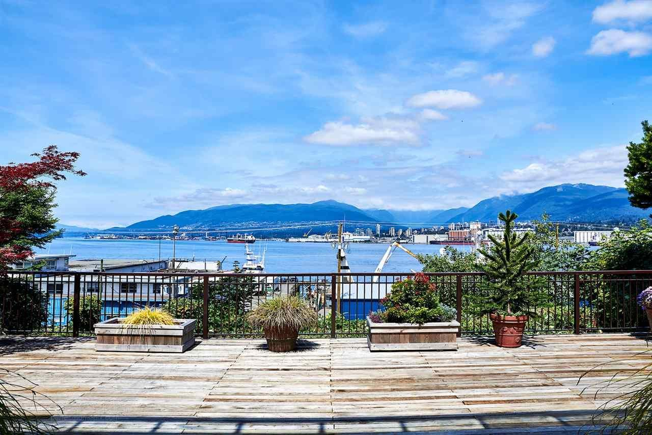 R2087859 - 2365 WALL STREET, Hastings, Vancouver, BC - House/Single Family