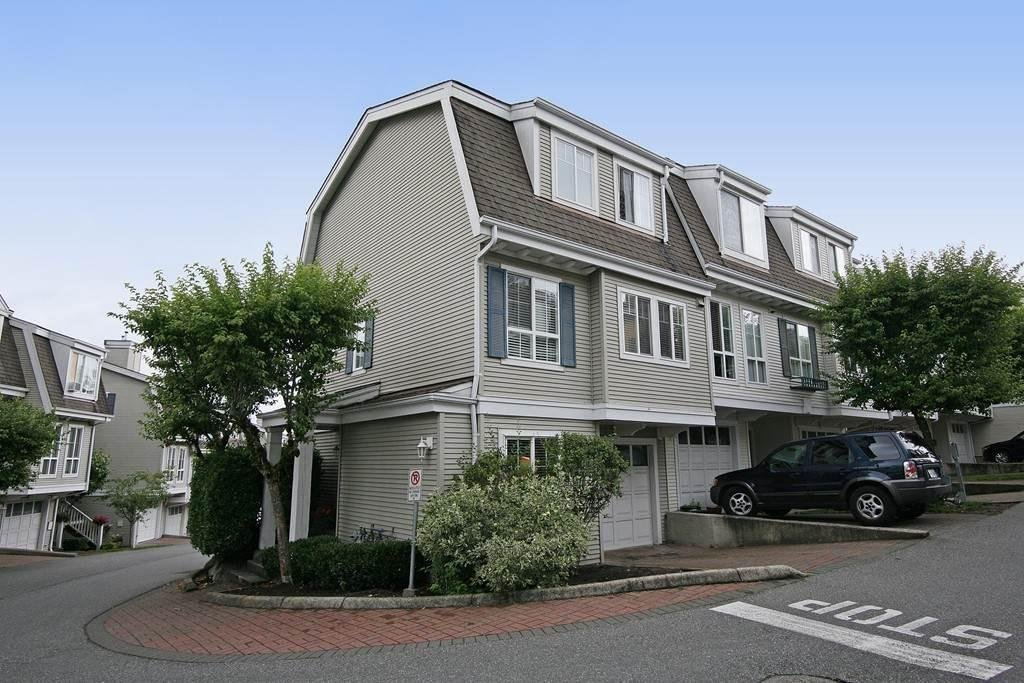 R2087935 - 45 8890 WALNUT GROVE DRIVE, Walnut Grove, Langley, BC - Townhouse