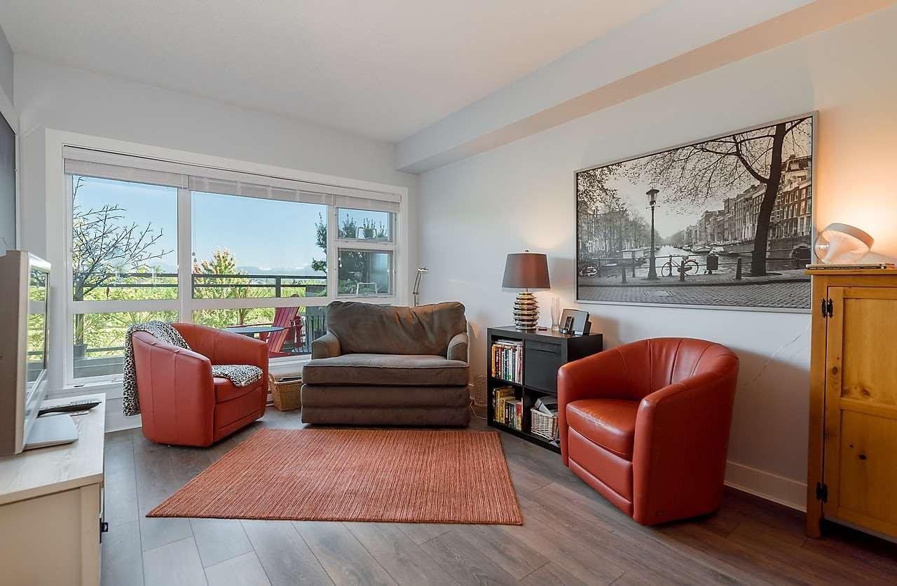 R2089349 - 217 20728 WILLOUGHBY TOWN CENTRE, Willoughby Heights, Langley, BC - Apartment Unit