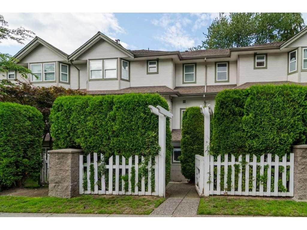 R2089960 - 10 20875 88 AVENUE, Walnut Grove, Langley, BC - Townhouse