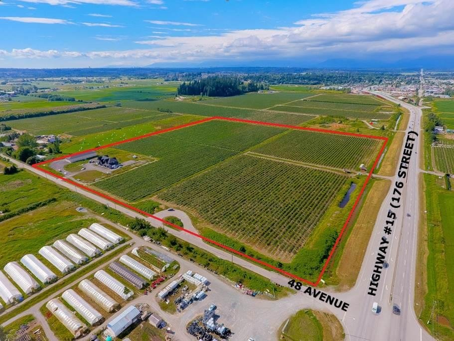 R2092034 - 17571 48 AVENUE, Serpentine, Surrey, BC - House with Acreage