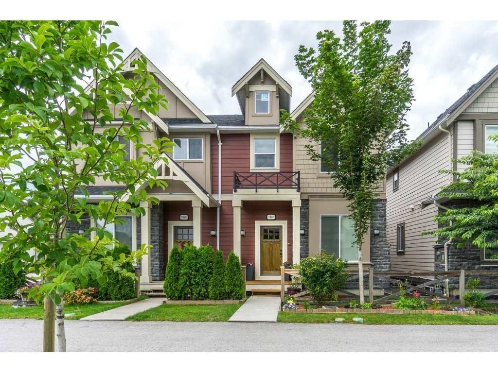 R2093745 - 7307 192 STREET, Clayton, Surrey, BC - 1/2 Duplex