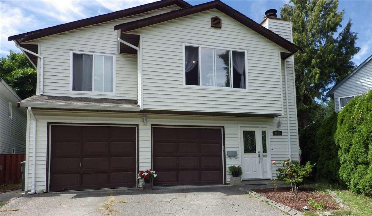 R2094637 - 9875 149 STREET, Guildford, Surrey, BC - House/Single Family