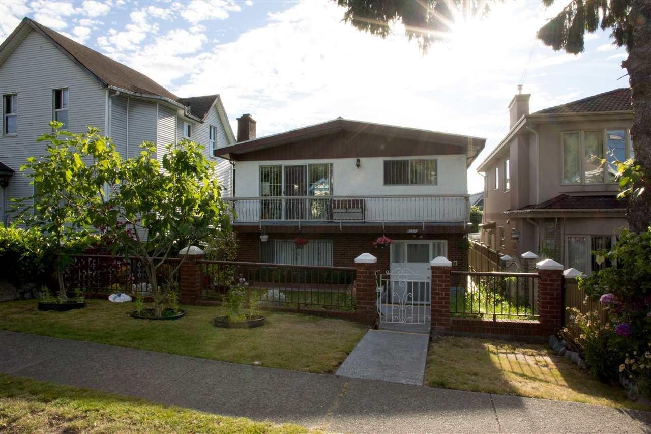 R2094853 - 3985 VICTORIA DRIVE, Victoria VE, Vancouver, BC - House/Single Family