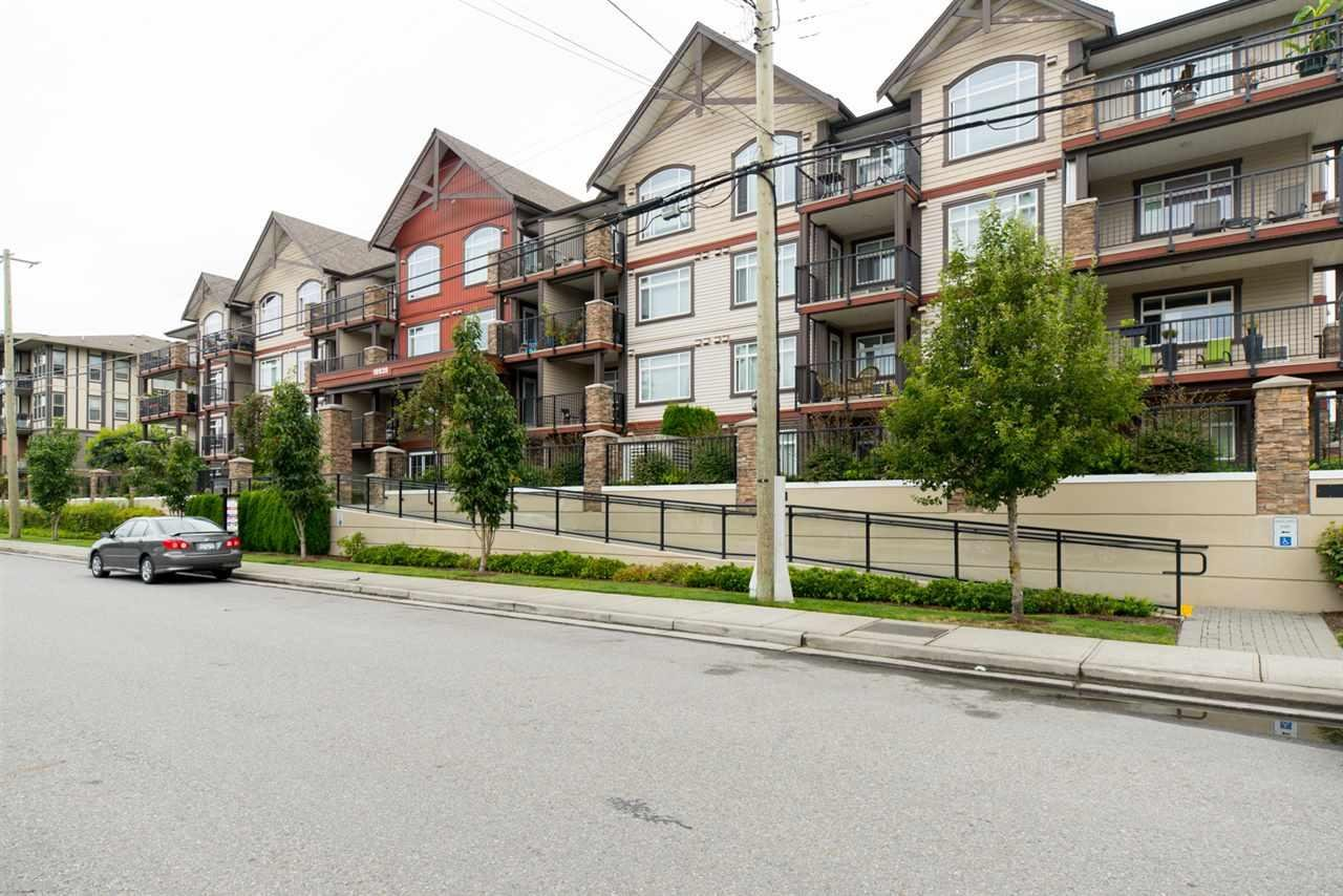 R2095357 - 402 19939 55A AVENUE, Langley City, Langley, BC - Apartment Unit