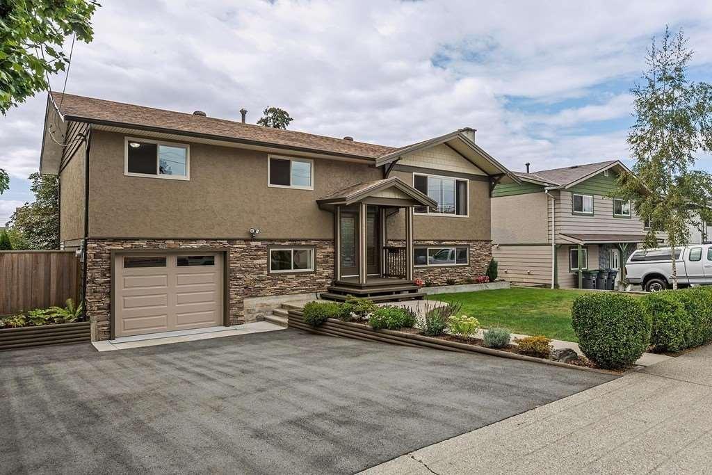 R2095374 - 17872 58 AVENUE, Cloverdale BC, Surrey, BC - House/Single Family