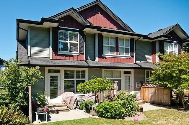 R2096414 - 46 18199 70 AVENUE, Cloverdale BC, Surrey, BC - Townhouse
