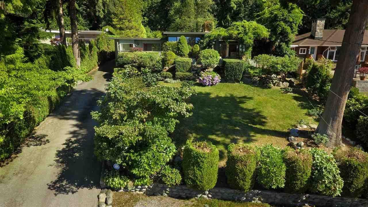 R2098746 - 1585 RENA CRESCENT, Ambleside, West Vancouver, BC - House/Single Family