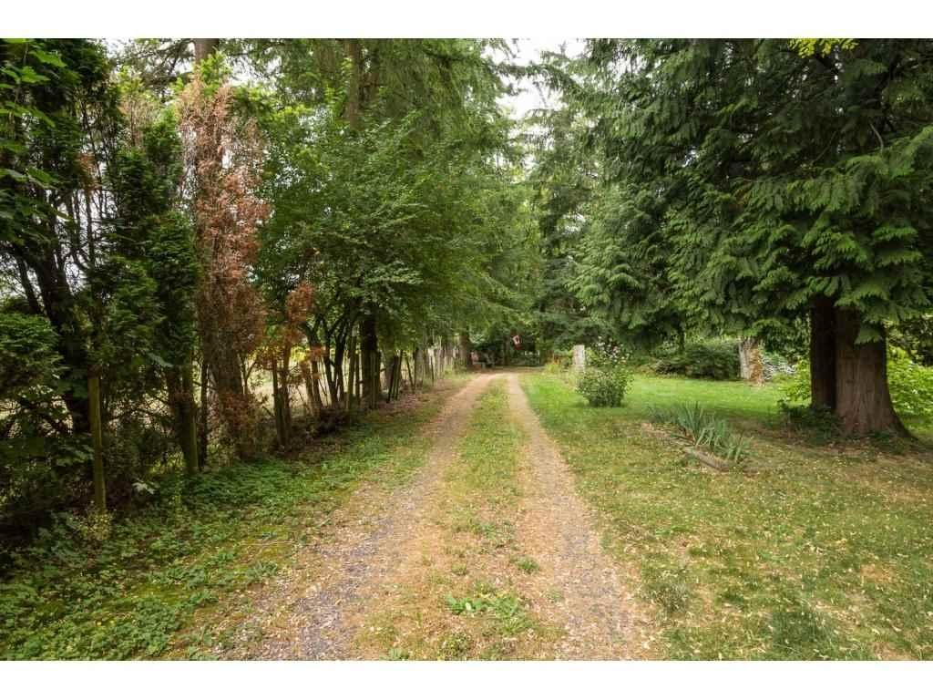 R2099302 - 24275 52 AVENUE, Salmon River, Langley, BC - House with Acreage