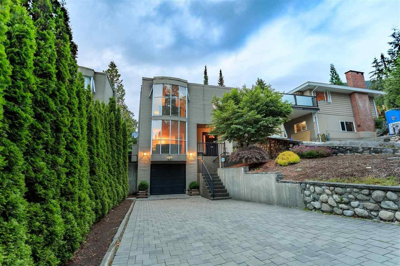 R2099797 - 906 MONTROYAL BOULEVARD, Canyon Heights NV, North Vancouver, BC - House/Single Family