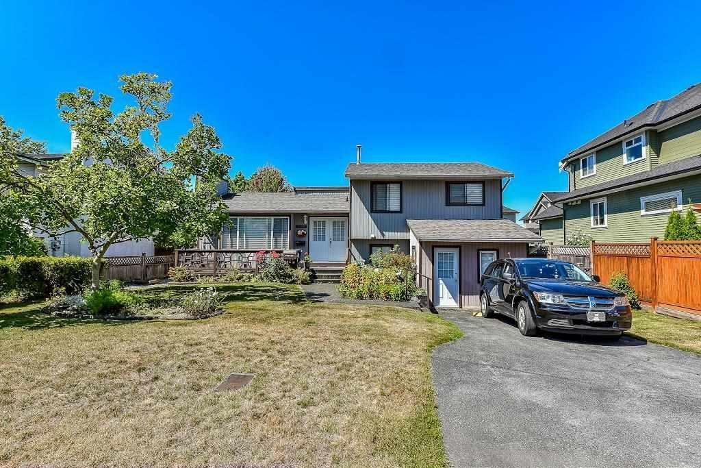 R2099914 - 5885 184A STREET, Cloverdale BC, Surrey, BC - House/Single Family