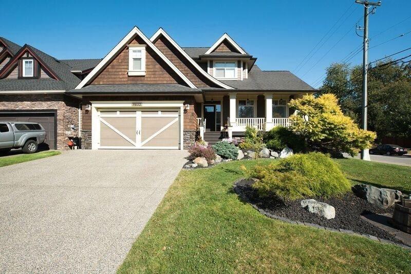 R2099940 - 9832 204 STREET, Walnut Grove, Langley, BC - House/Single Family