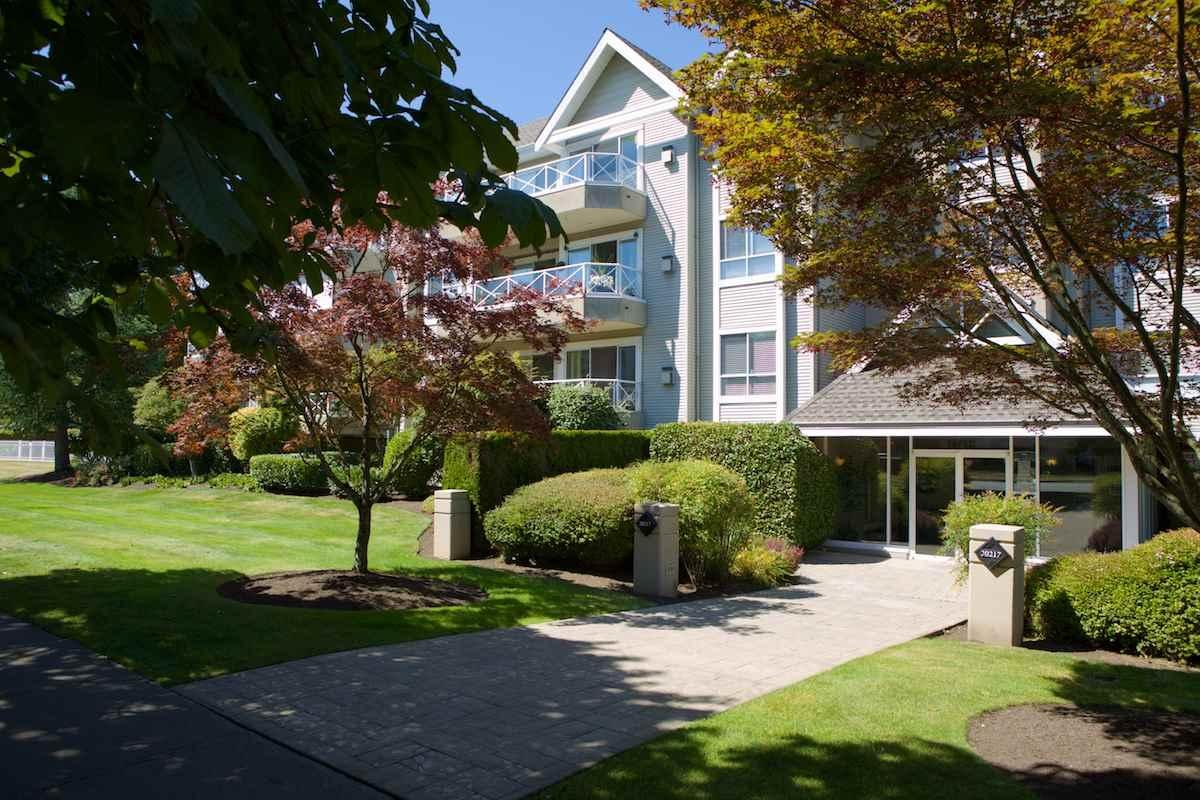R2100605 - 202 20217 MICHAUD CRESCENT, Langley City, Langley, BC - Apartment Unit