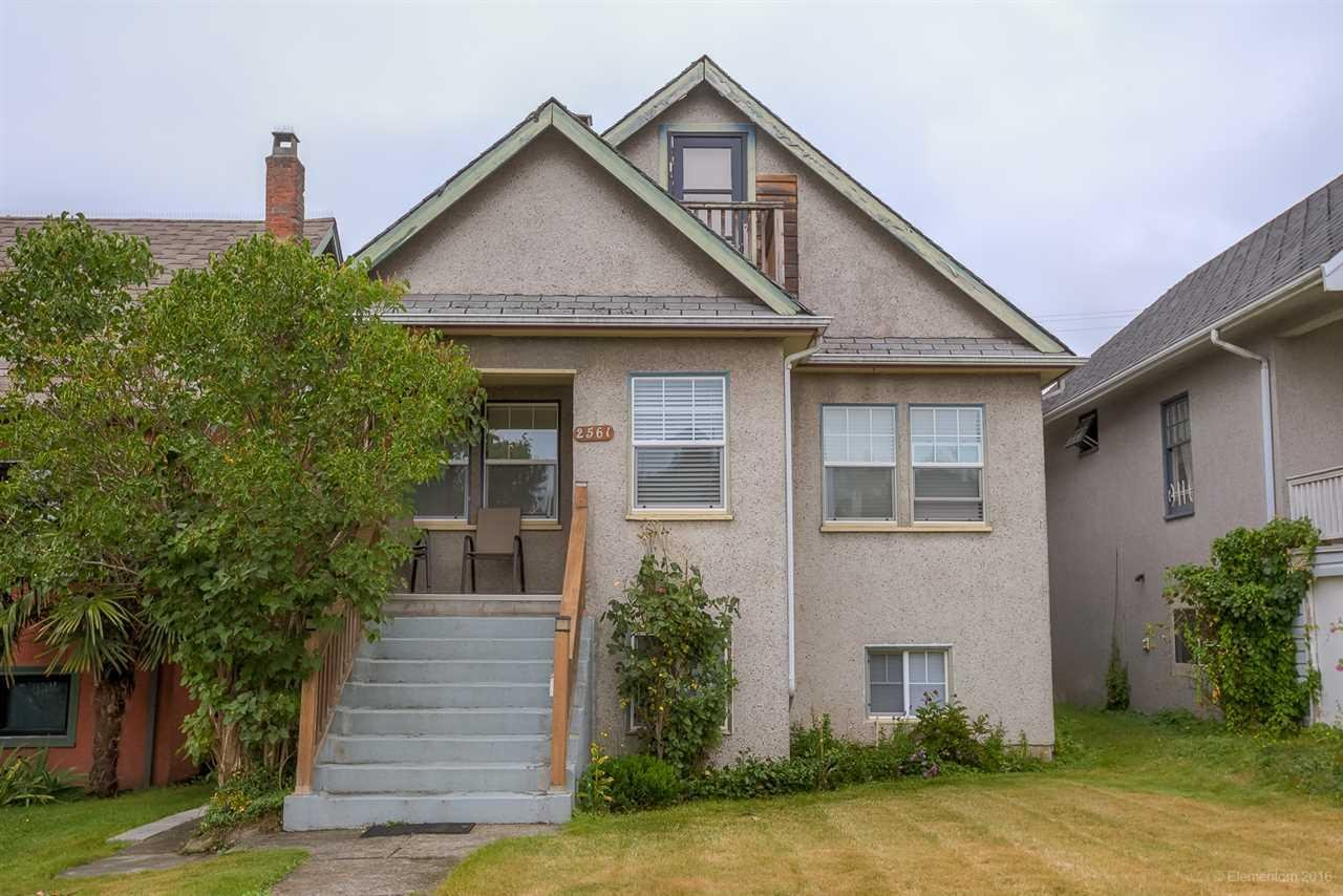 R2100901 - 2561 TRIUMPH STREET, Hastings East, Vancouver, BC - House/Single Family
