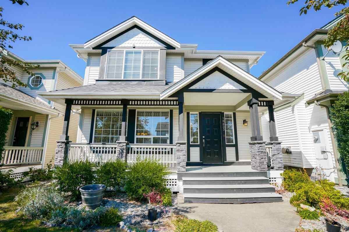 R2101886 - 18433 65 AVENUE, Cloverdale BC, Surrey, BC - House/Single Family