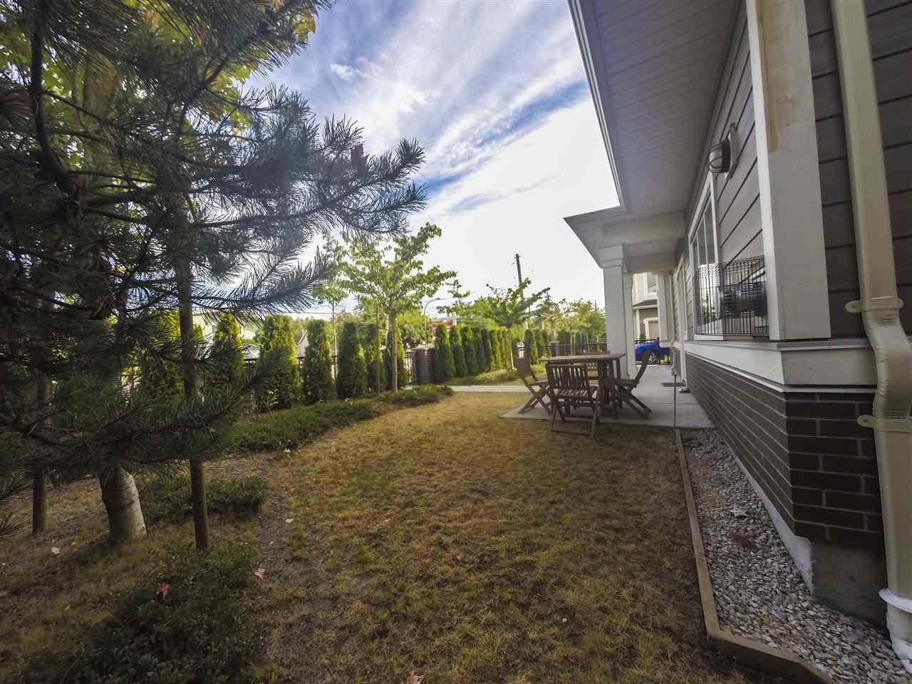 R2102117 - 15 9811 FERNDALE ROAD, McLennan North, Richmond, BC - Townhouse