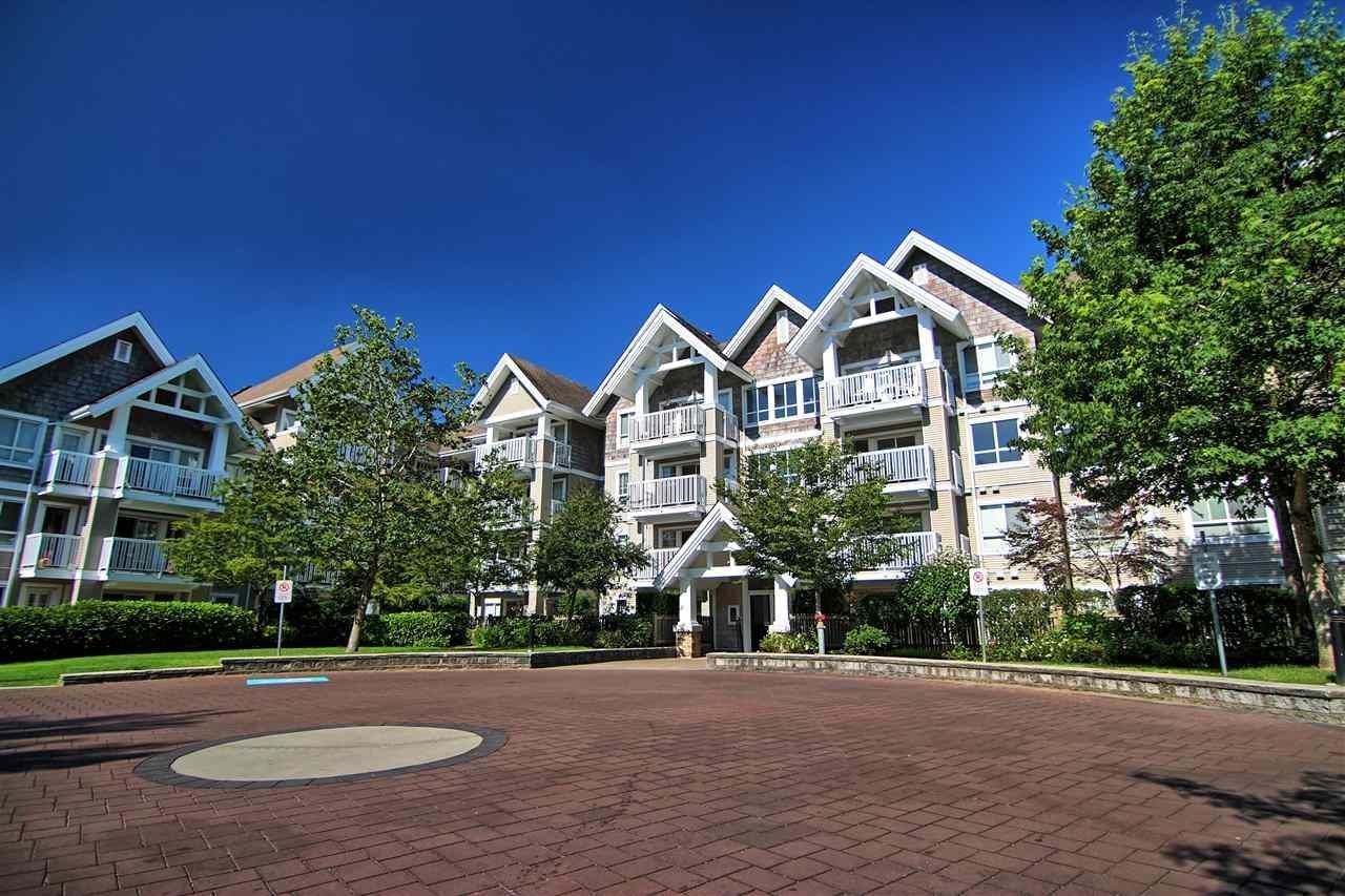 R2103173 - 205 20750 DUNCAN WAY, Langley City, Langley, BC - Apartment Unit