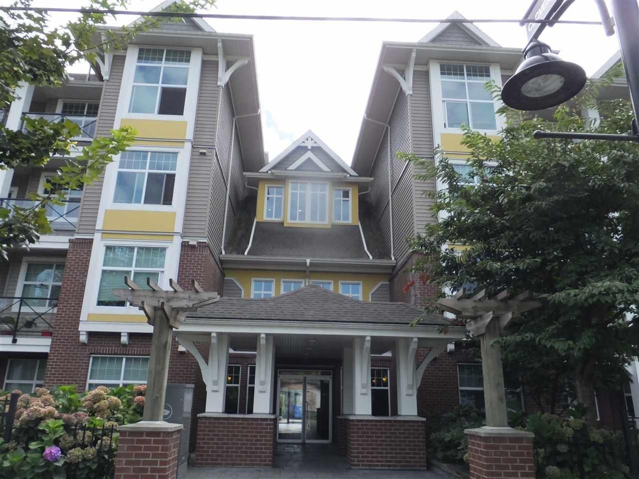 R2104570 - 412 17712 57A AVENUE, Cloverdale BC, Surrey, BC - Apartment Unit