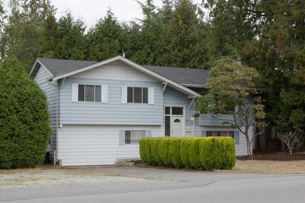 R2105500 - 19617 48 AVENUE, Langley City, Langley, BC - House/Single Family