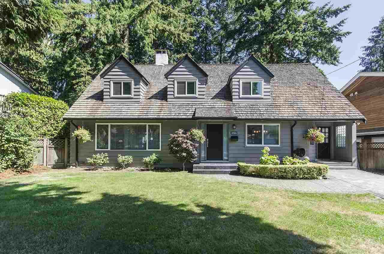 R2105545 - 2704 AILSA CRESCENT, Lynn Valley, North Vancouver, BC - House/Single Family