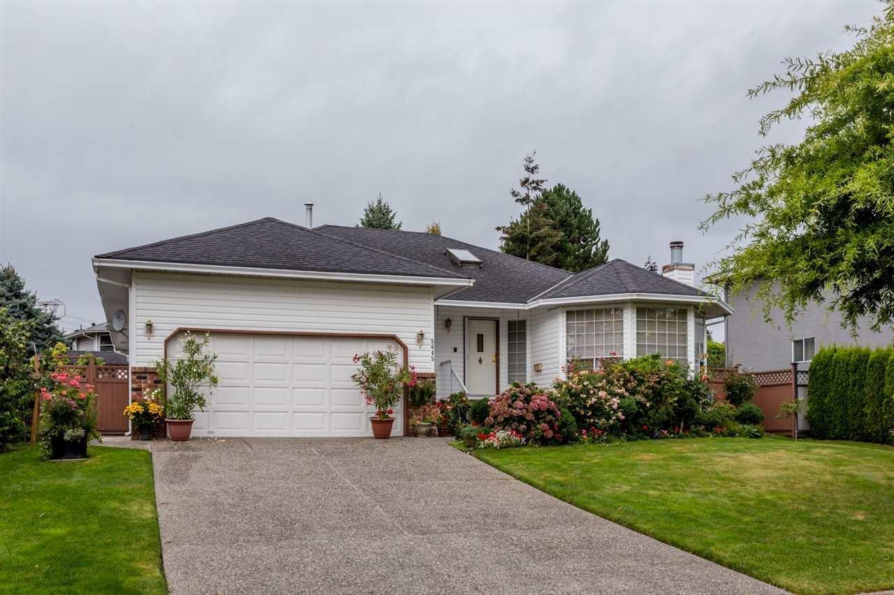 R2106662 - 5645 SUNDALE GROVE, Cloverdale BC, Surrey, BC - House/Single Family