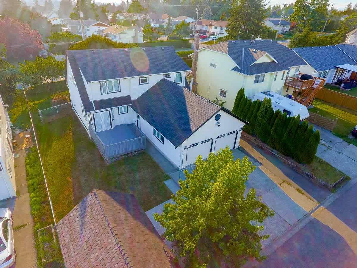 R2107097 - 5662 184 STREET, Cloverdale BC, Surrey, BC - House/Single Family