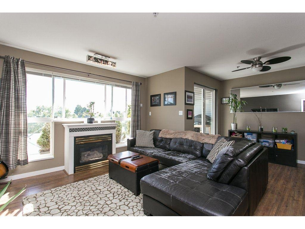 R2108085 - 408 6390 196 STREET, Willoughby Heights, Langley, BC - Apartment Unit