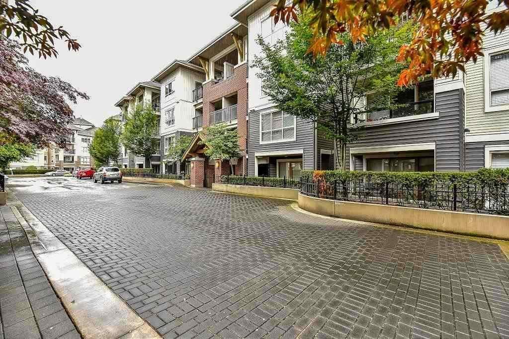 R2108220 - A401 8929 202 STREET, Walnut Grove, Langley, BC - Apartment Unit