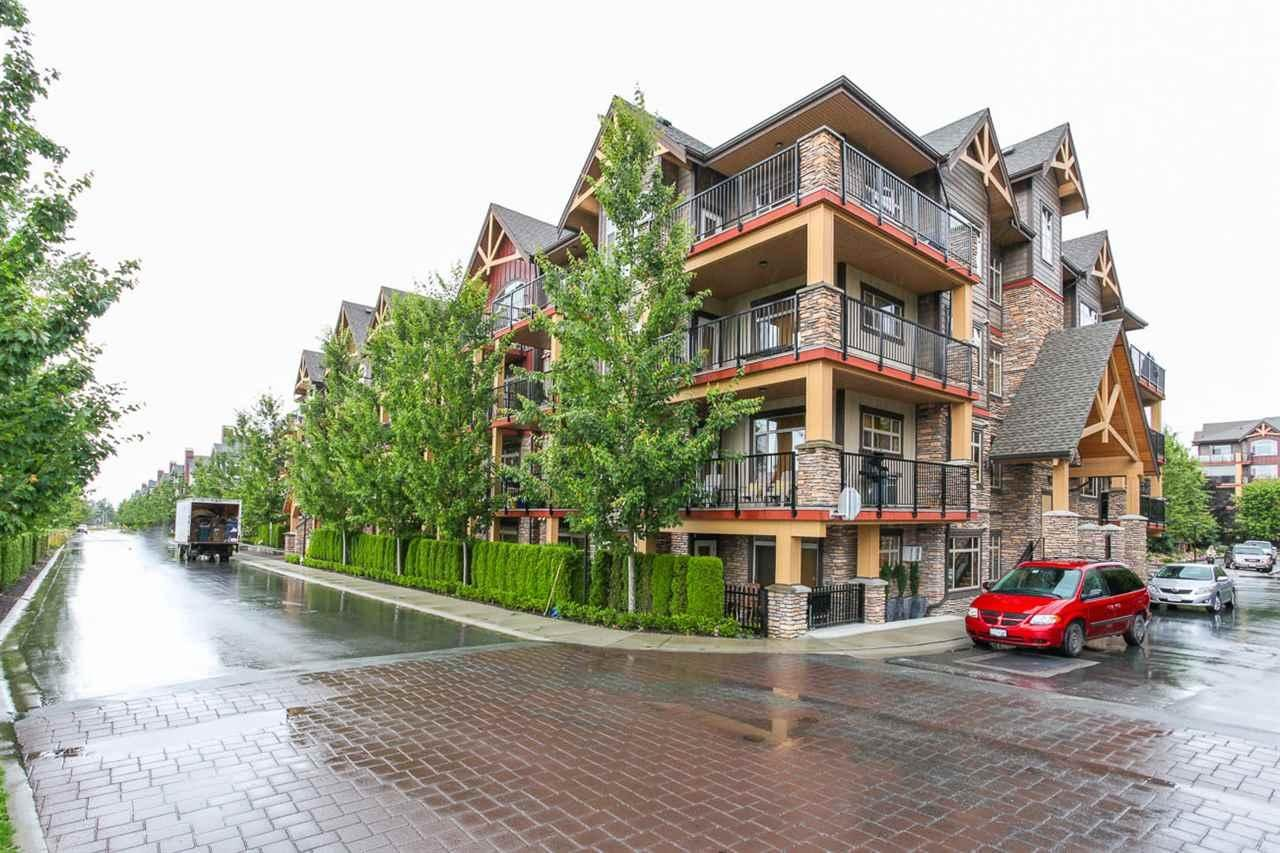 R2109136 - 305 8328 207A STREET, Willoughby Heights, Langley, BC - Apartment Unit
