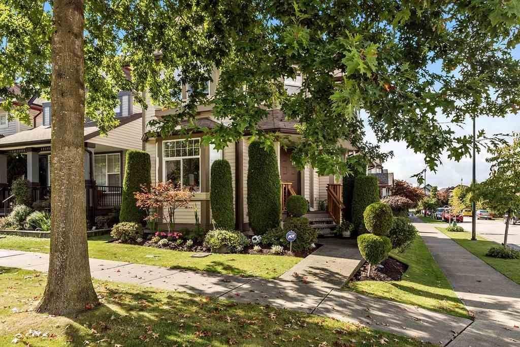 R2109839 - 6747 185 STREET, Cloverdale BC, Surrey, BC - House/Single Family