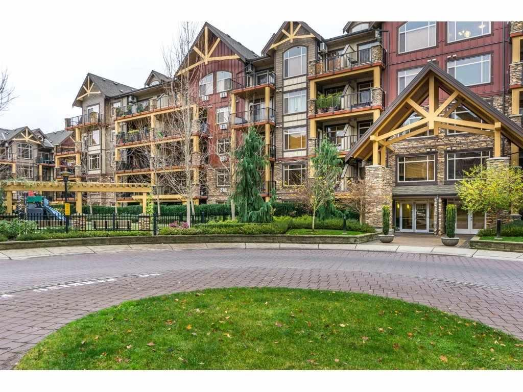 R2111345 - 574 8328 207A STREET, Willoughby Heights, Langley, BC - Apartment Unit