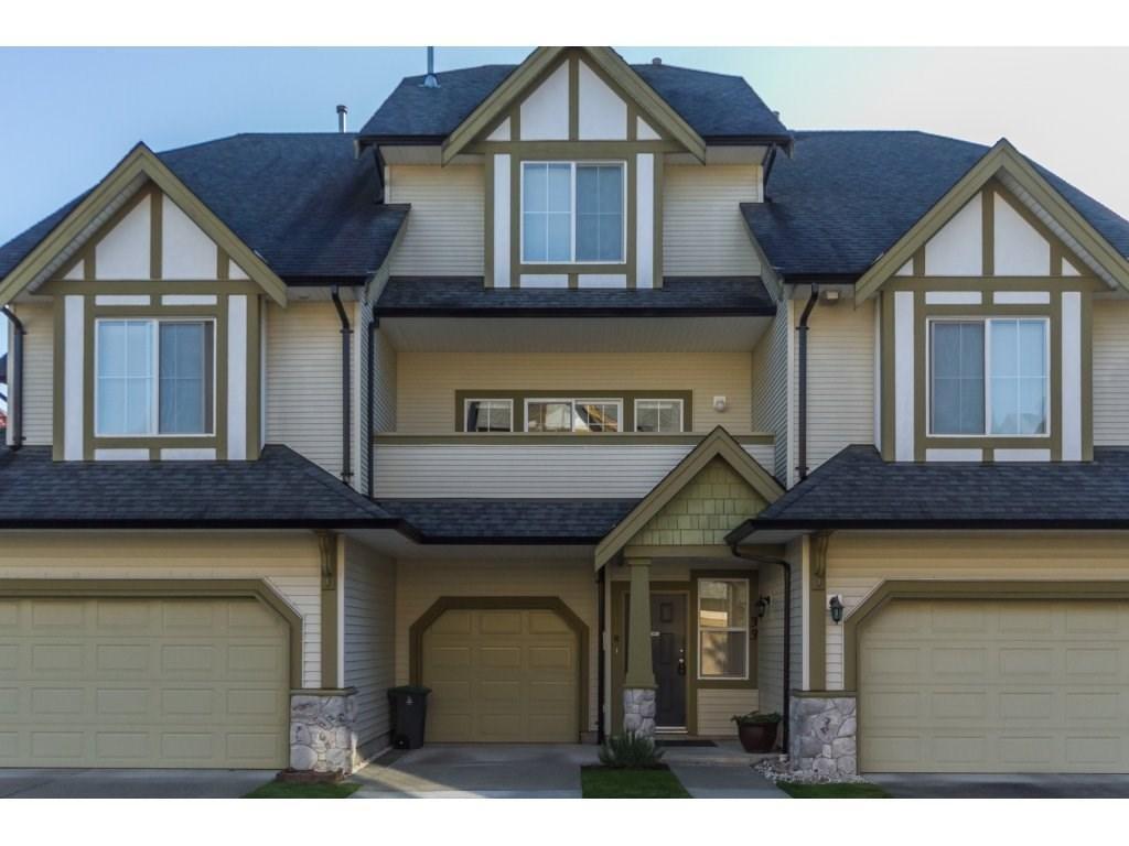 R2112629 - 33 18707 65 AVENUE, Cloverdale BC, Surrey, BC - Townhouse