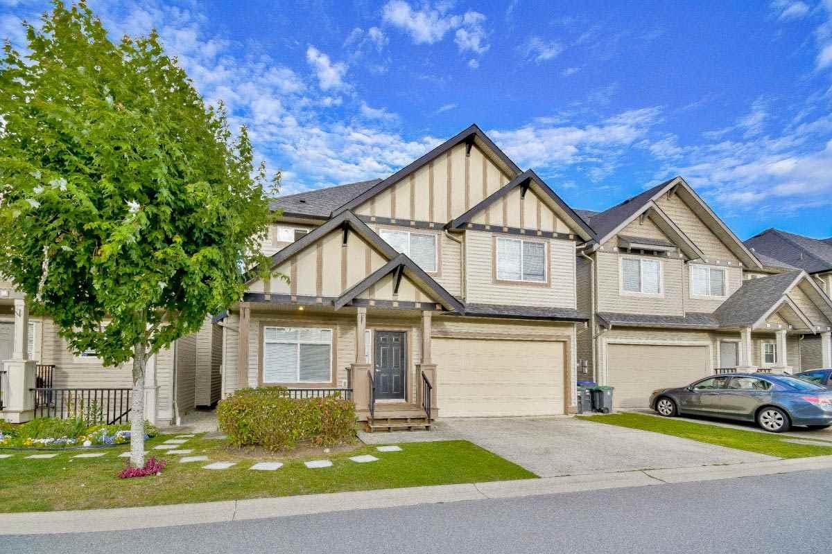 R2113004 - 33 6195 168 STREET, Cloverdale BC, Surrey, BC - House/Single Family