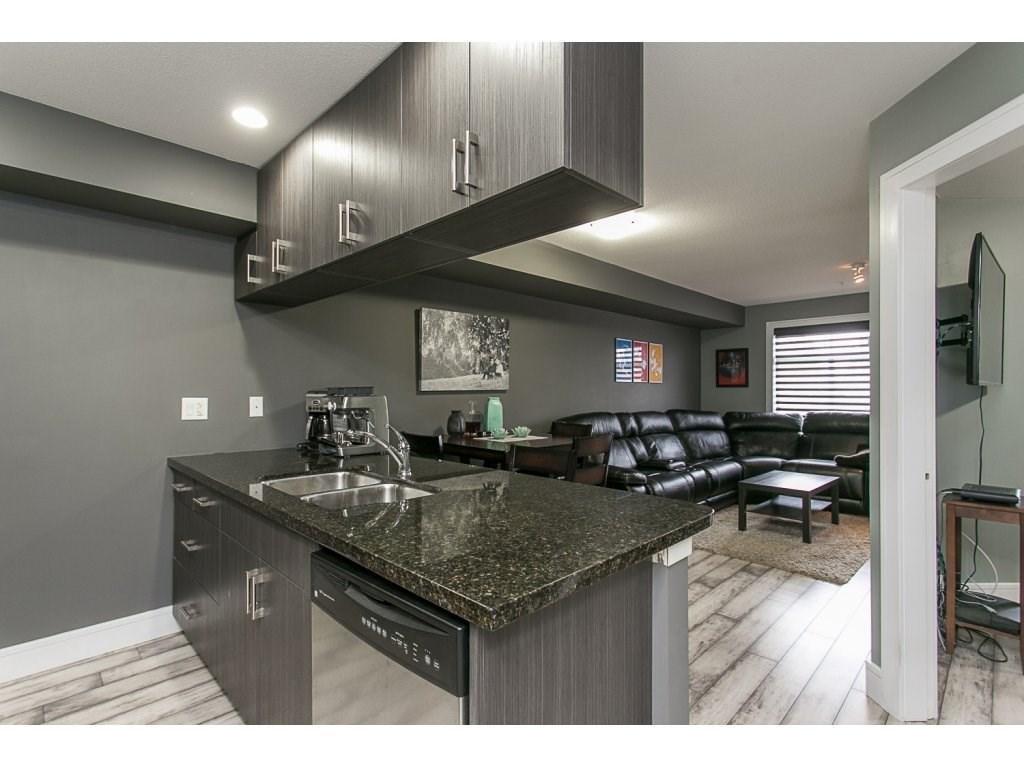 R2114309 - 319 5516 198 STREET, Langley City, Langley, BC - Apartment Unit