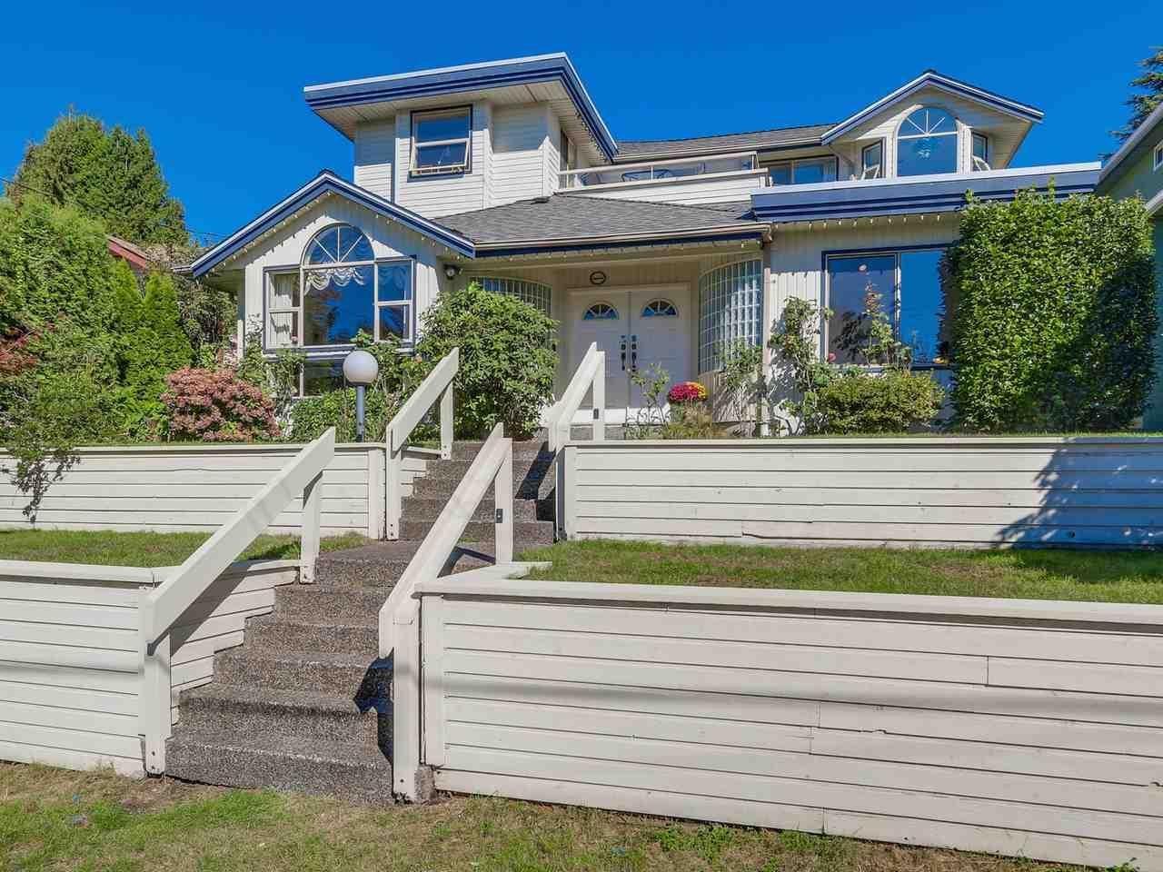 R2115981 - 1517 LAWSON AVENUE, Ambleside, West Vancouver, BC - House/Single Family