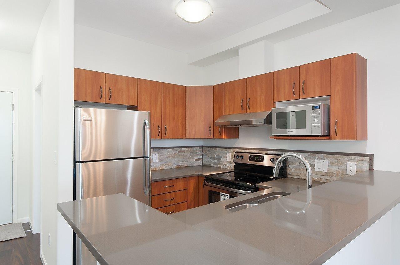 R2116212 - 404 20200 56 AVENUE, Langley City, Langley, BC - Apartment Unit
