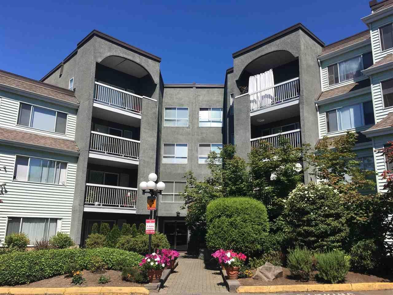 R2116439 - 211 5700 200 STREET, Langley City, Langley, BC - Apartment Unit