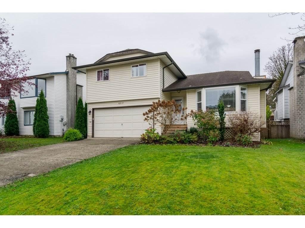 R2120297 - 9217 209A CRESCENT, Walnut Grove, Langley, BC - House/Single Family