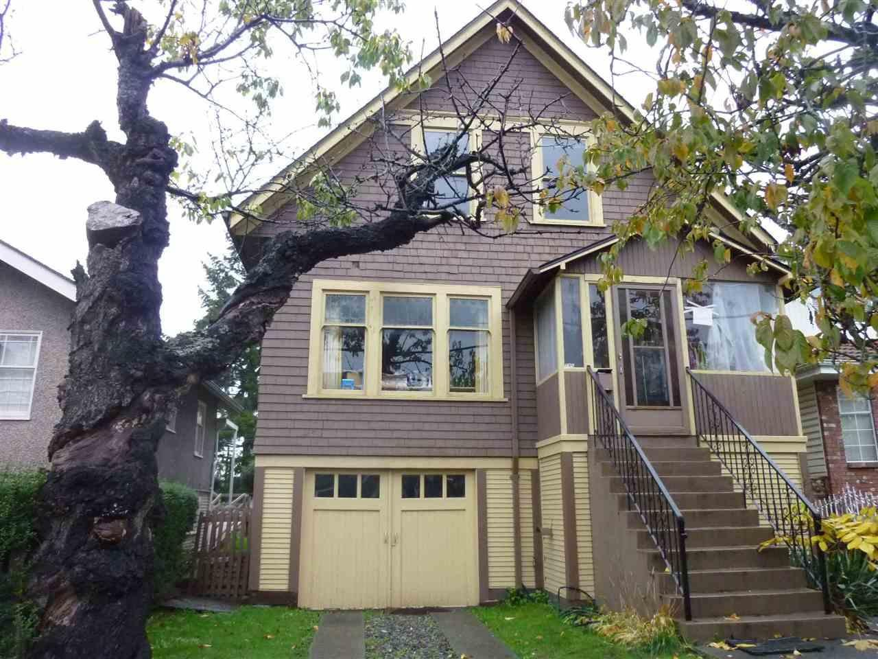 R2120564 - 735 E 26TH AVENUE, Fraser VE, Vancouver, BC - House/Single Family