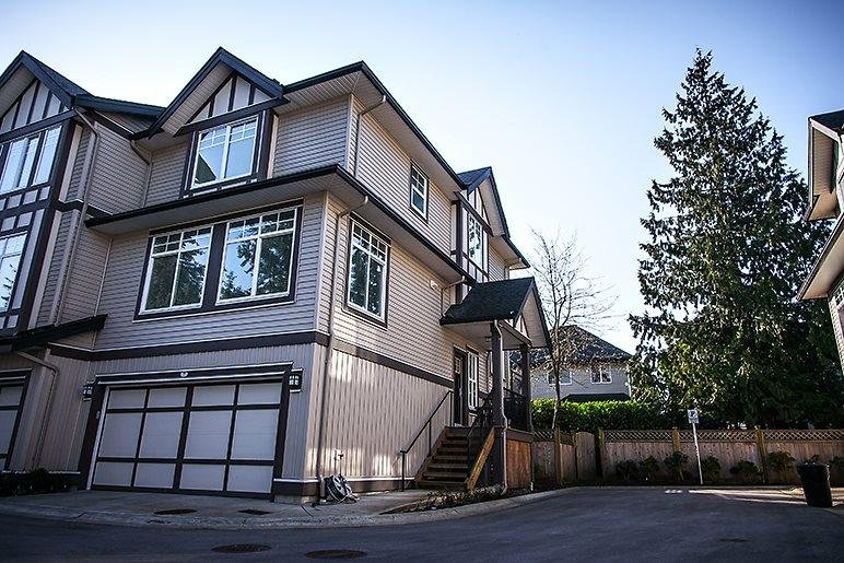 R2121006 - 9 7090 180 STREET, Cloverdale BC, Surrey, BC - Townhouse