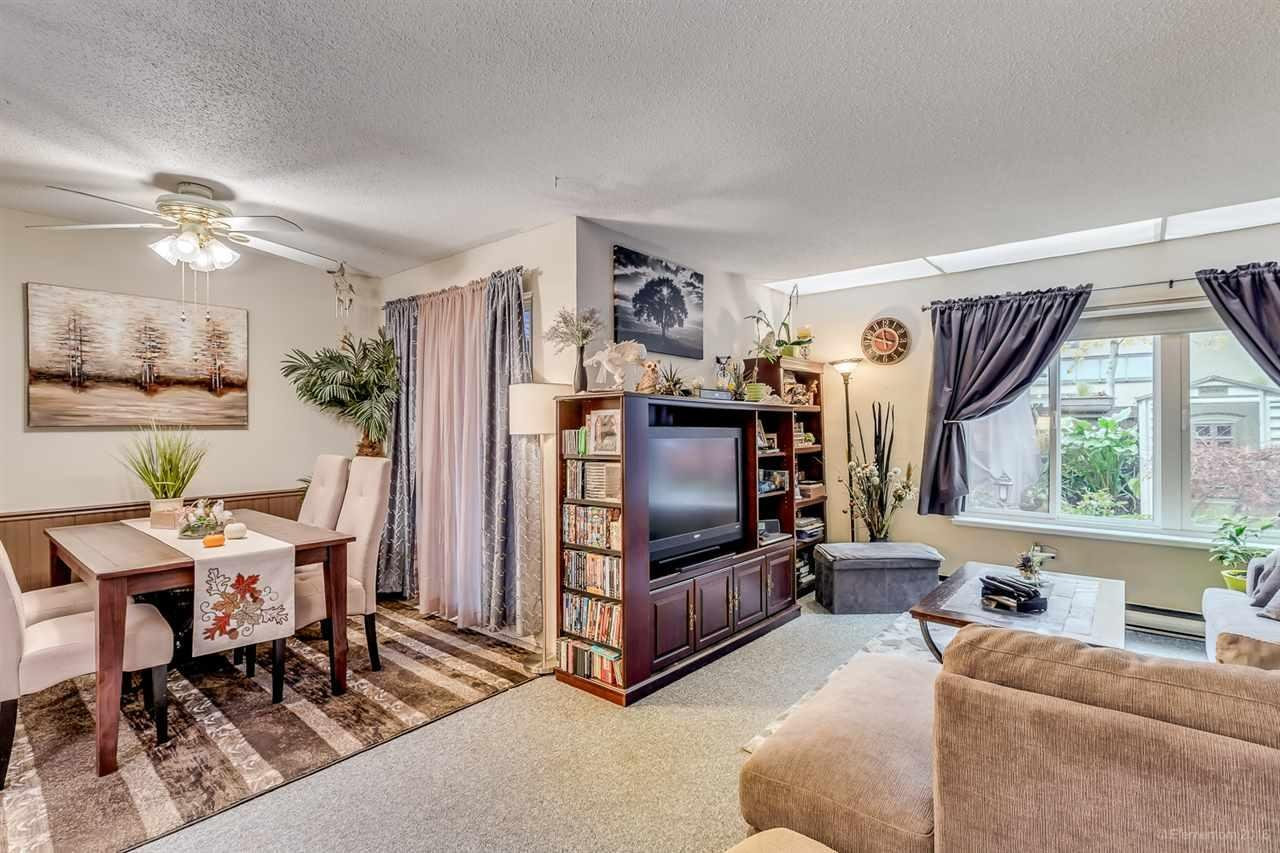 R2121208 - 34 5303 204 STREET, Langley City, Langley, BC - Townhouse