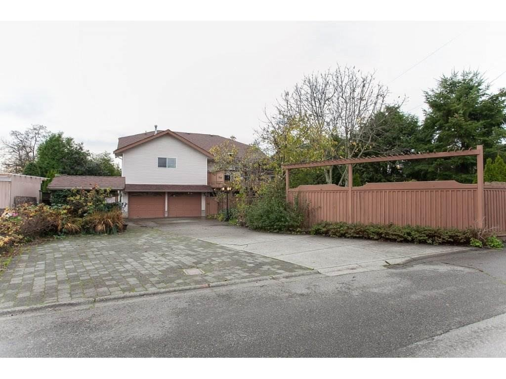 R2122748 - 5792 184 STREET, Cloverdale BC, Surrey, BC - House/Single Family