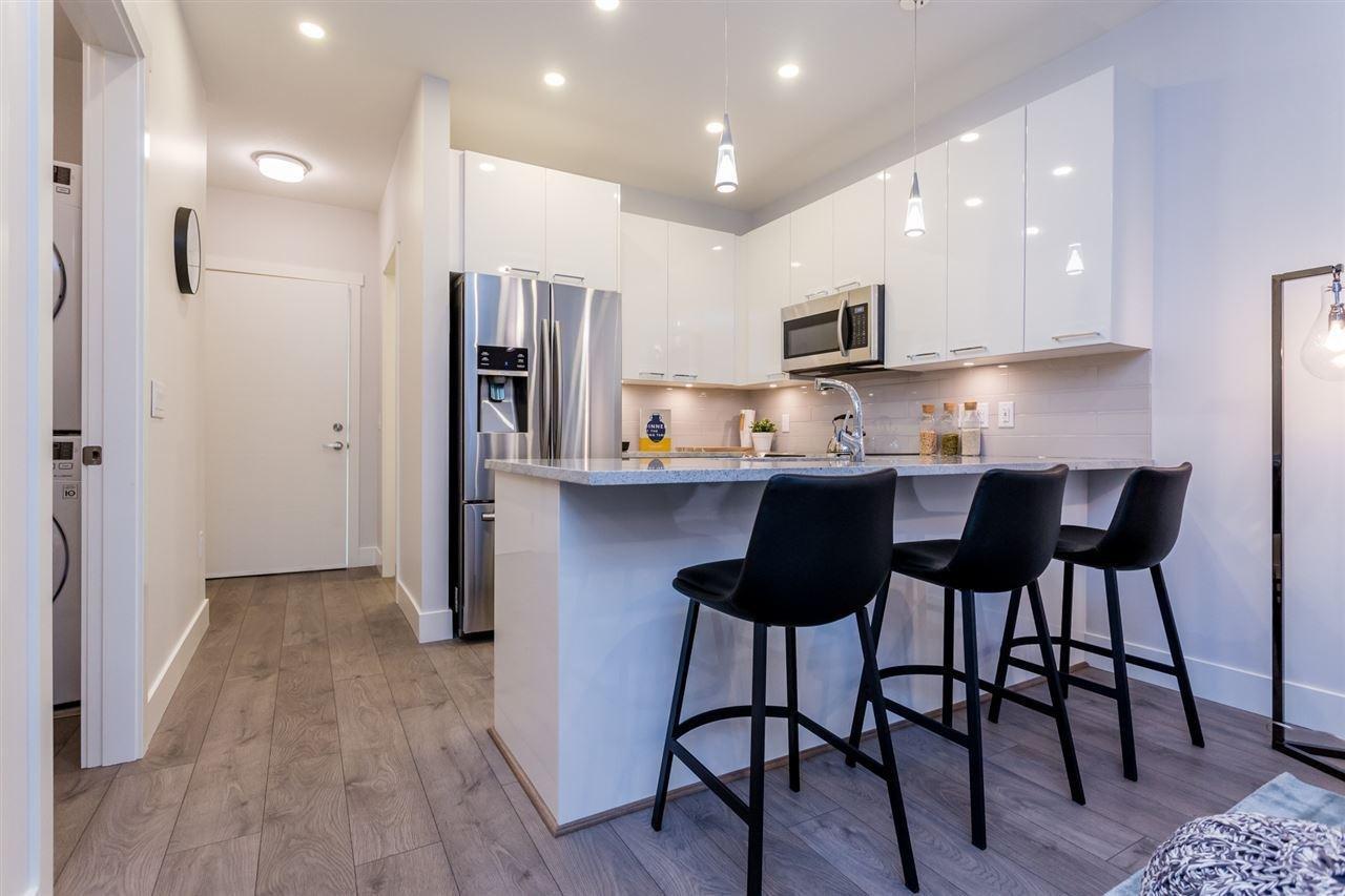 R2124807 - 205 20175 53 AVENUE, Langley City, Langley, BC - Apartment Unit