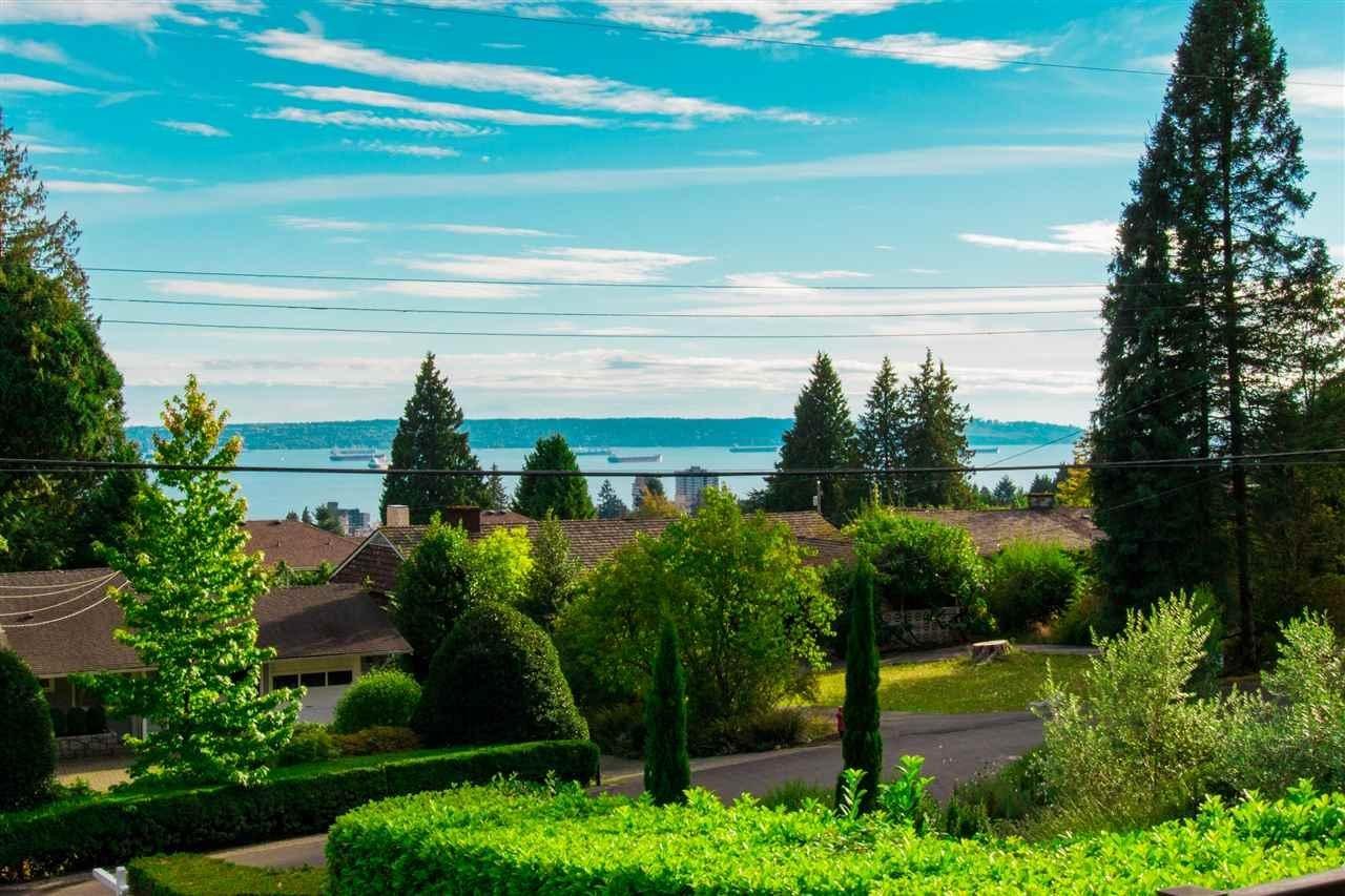 R2127056 - 1405 OTTAWA AVENUE, Ambleside, West Vancouver, BC - House/Single Family