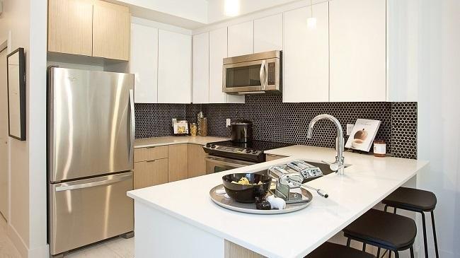 R2129335 - 215 6468 195A STREET, Clayton, Surrey, BC - Apartment Unit