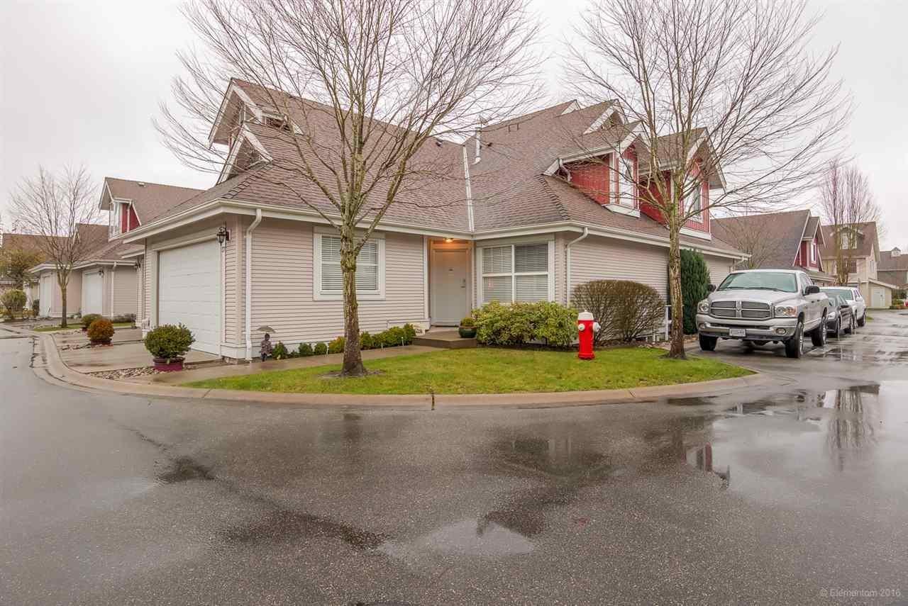 R2130097 - 37 16995 64 AVENUE, Cloverdale BC, Surrey, BC - Townhouse