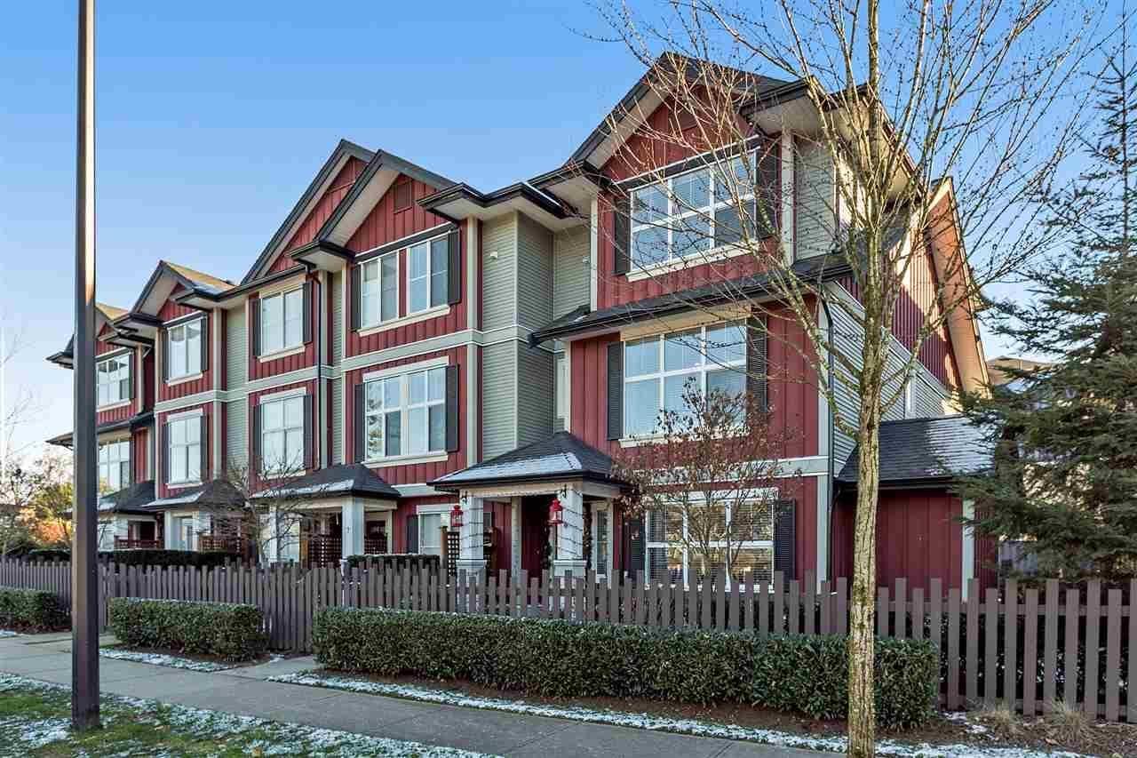 R2130257 - 6 18211 70 AVENUE, Cloverdale BC, Surrey, BC - Townhouse