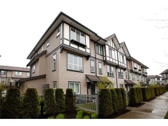R2130553 - 111 9566 TOMICKI AVENUE, West Cambie, Richmond, BC - Townhouse
